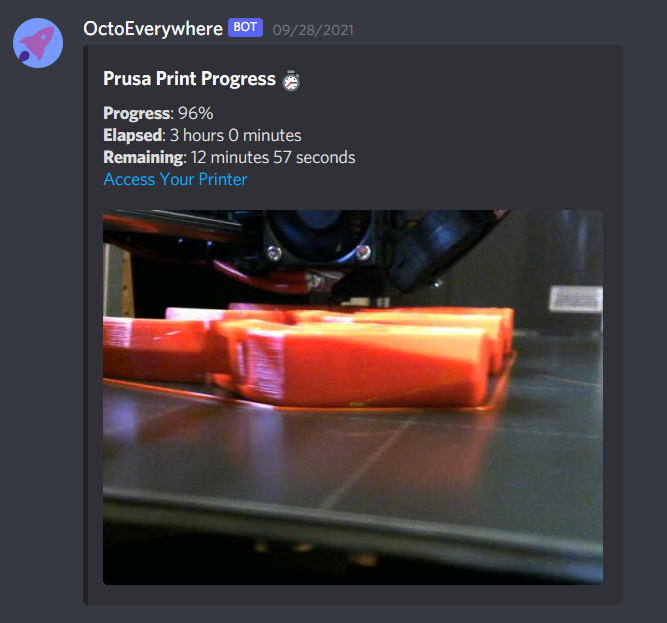 OctoEverywhere Discord DM notification example.